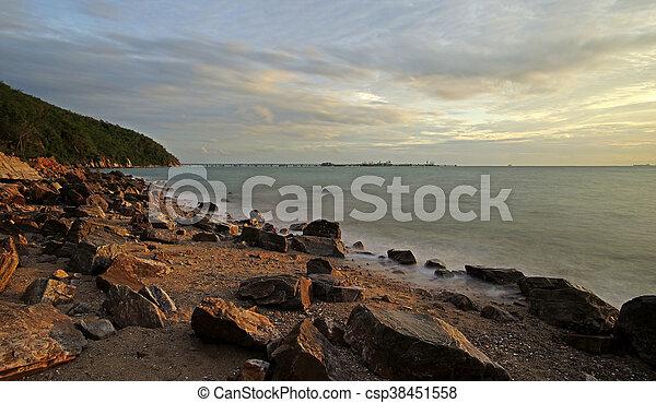 sobre, sol, pedras praia - csp38451558