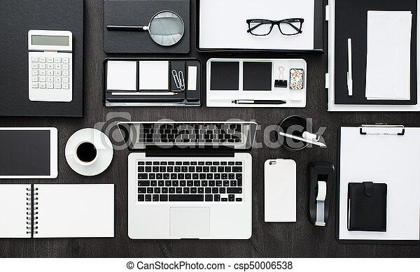 En el escritorio - csp50006538