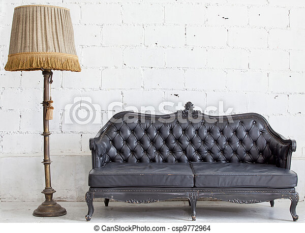 sofá couro, quarto branco - csp9772964