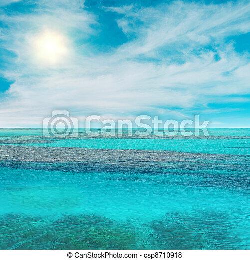 sol, cielo, océano - csp8710918