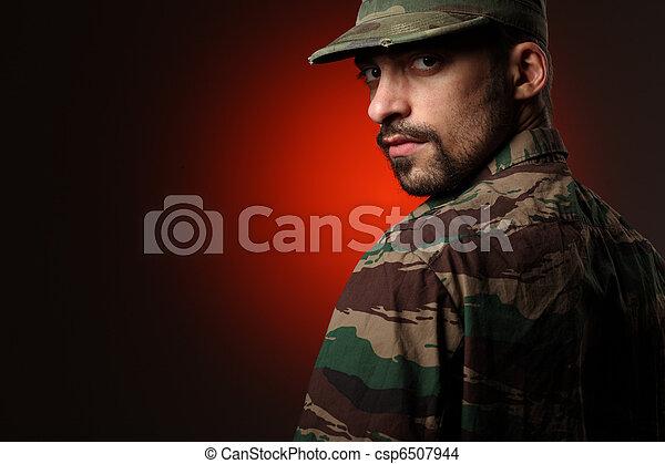 soldado, resistente - csp6507944