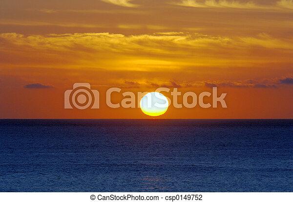 solopgang, havet - csp0149752