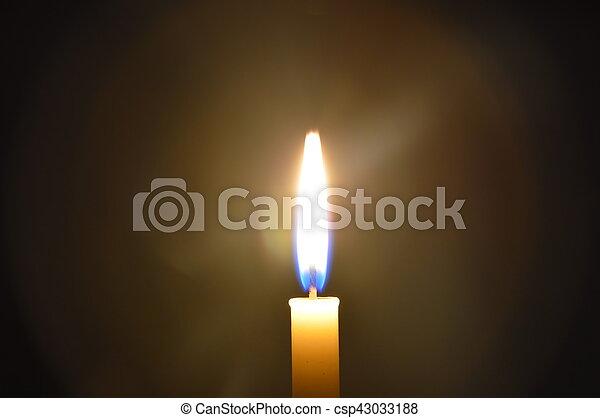 Sombre, lumière bougie images - Rechercher photographies et clipart ... 2f15806036cf