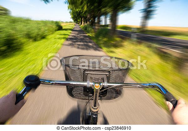 sommer, radfahren - csp23846910