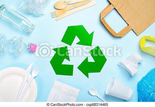 sommet, symbole recyclant, literie, gaspillage, vue - csp68314465