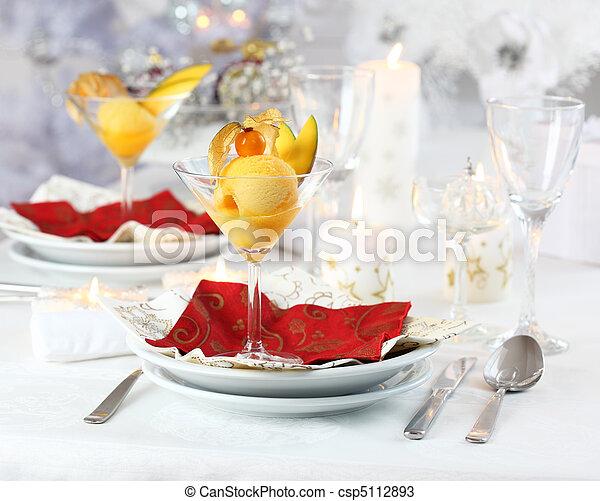 Sorbet Mango para Navidad - csp5112893