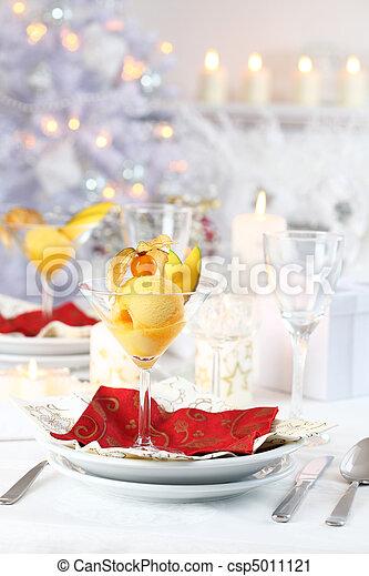 Sorbet Mango para Navidad - csp5011121