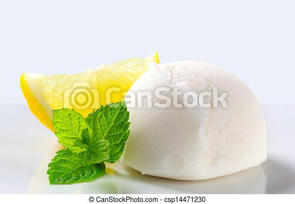 Sorbete de limón - csp14471230