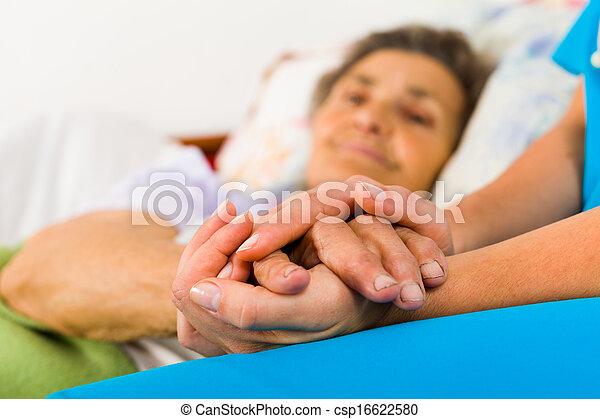 soucier, infirmière, tenant mains - csp16622580
