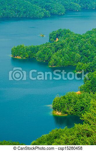 South Carolina Lake Jocassee Gorges Upstate Mountain   - csp15280458