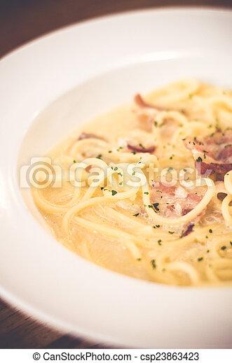 Spaghetti - csp23863423