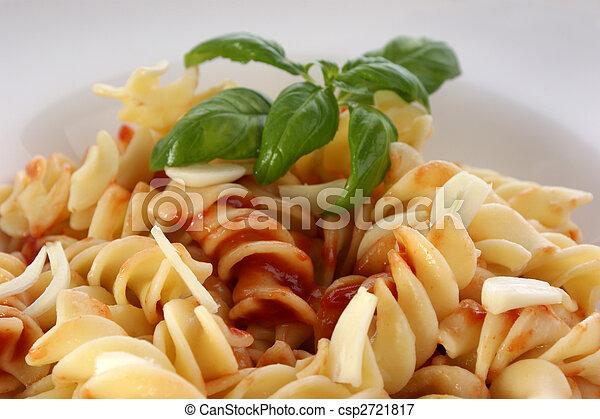 spaghetti with organic home made tomato sauce - csp2721817