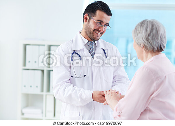 Speaking with patient - csp19970697