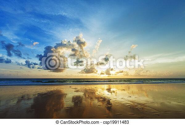 Spectacular sunset scene. HDR Processed. - csp19911483