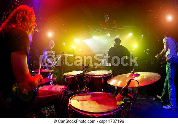 spielen, musiker, buehne - csp11737196