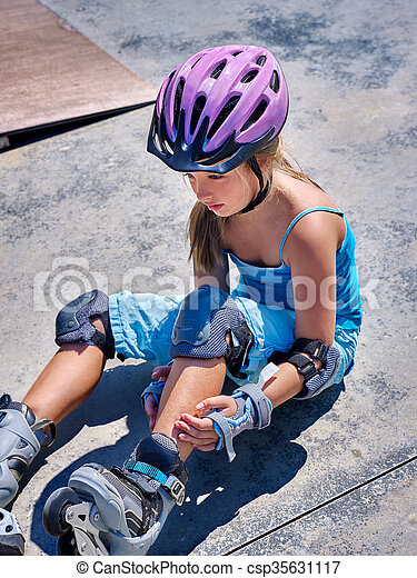 sport, jej, outdoor., skateboard, dziewczyna, krzywda - csp35631117