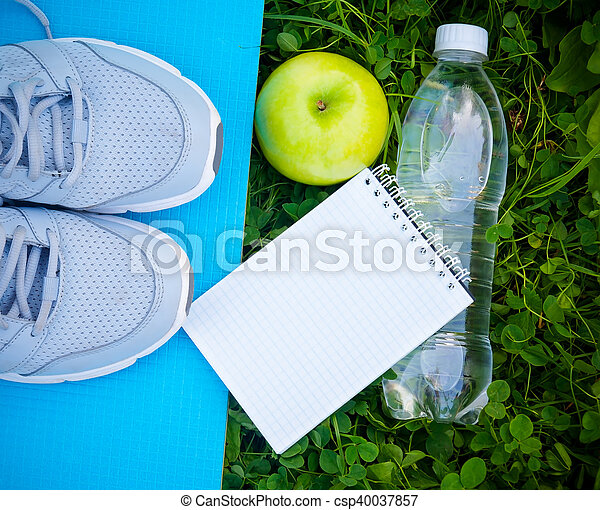 Shoes Of Apple Sneakers Yoga Sports MatBottle Water On And TKl1JFc