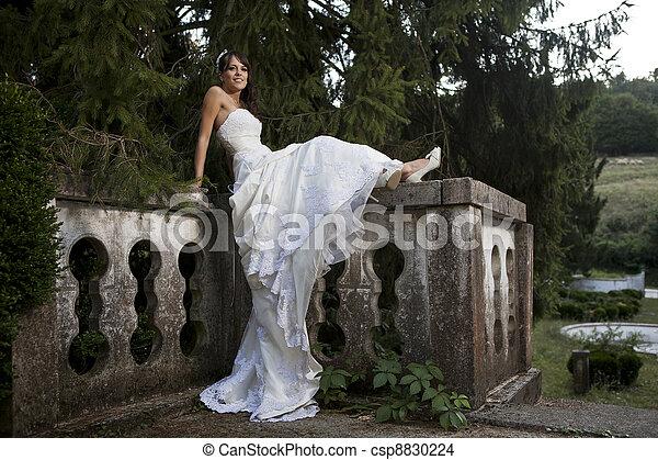 sposa - csp8830224