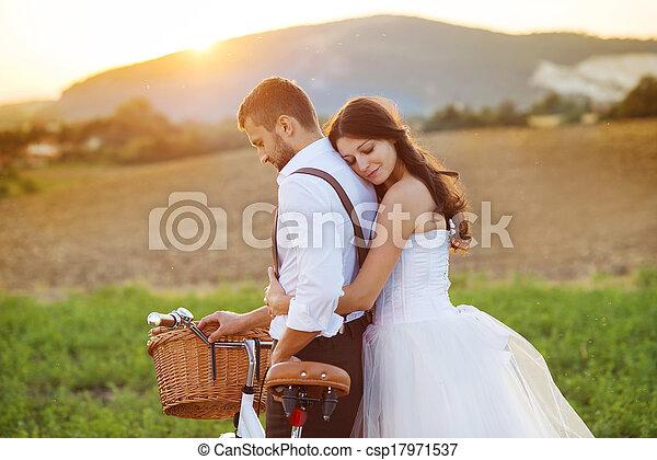 sposa, bianco, sposo, bicicletta, matrimonio - csp17971537