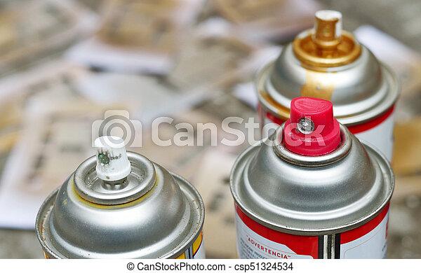 spray paint focus in silver - csp51324534