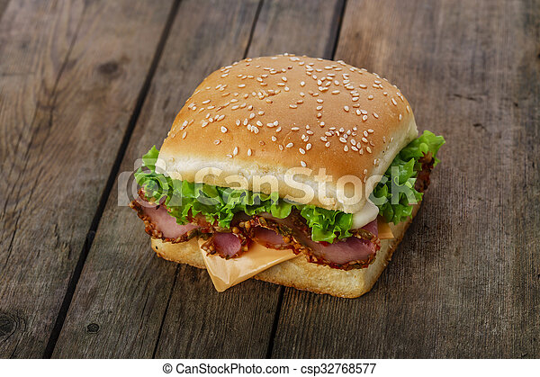 square sandwich with ham and cheese - csp32768577