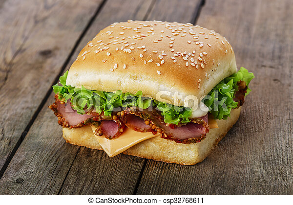 square sandwich with ham and cheese - csp32768611