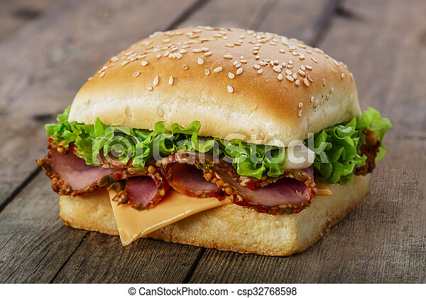square sandwich with ham and cheese - csp32768598