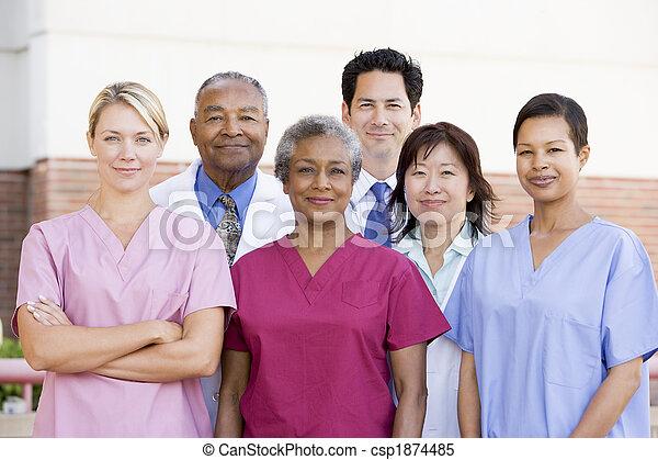 stående, sjukhus, utanför, personal - csp1874485