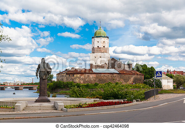 St. Olov castle, old medieval Swedish in Vyborg - csp42464098