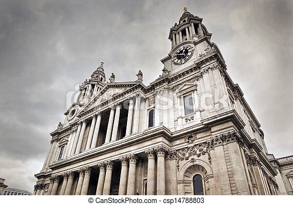 St Paul's Cathedral in London, the UK. - csp14788803