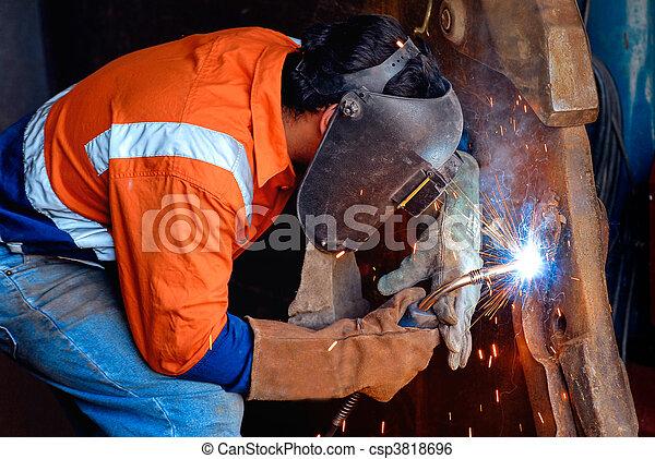 staal, industriebedrijven, lassen - csp3818696