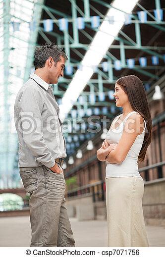 staand, vrouw, jonge man, gezicht - csp7071756