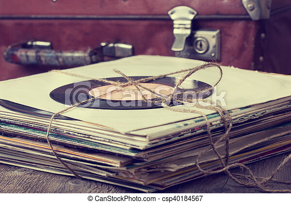 stack of old records - csp40184567