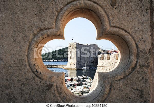 Die Altstadt von Dubrovnik - csp40884180
