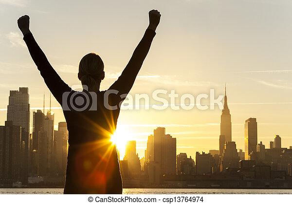 stadt, frau, erfolgreich, skyline, york, neu , sonnenaufgang - csp13764974