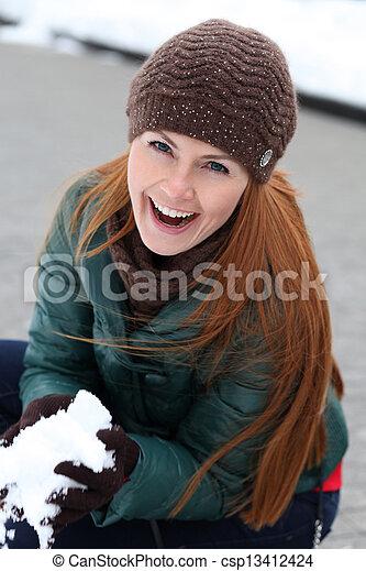 stadt, glückliche frau, winter, junger - csp13412424