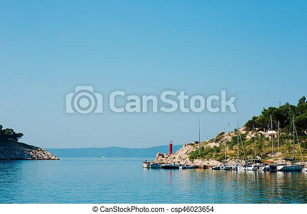 stadt, makarska, boot dock - csp46023654