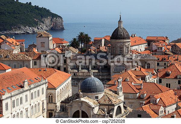 stadt, mittelalterlich, dächer, dubrovnik, aus, kroatien - csp7252028
