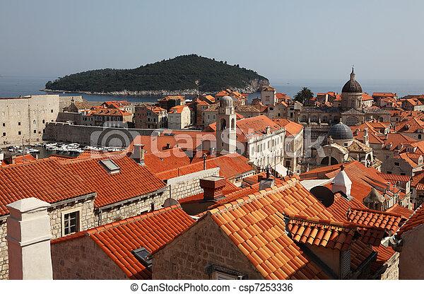 stadt, mittelalterlich, dächer, dubrovnik, aus, kroatien - csp7253336