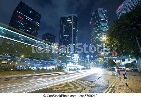 Nachts in der Innenstadt von Hongkong - csp8709242