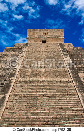 Stairs on Mayan pyramid in Chichen-Itza, Mexico - csp1792138