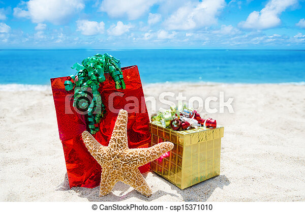 Starfish with gifts - holiday concept - csp15371010