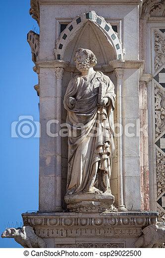 Statue of the Cappella di Piazza - csp29022500