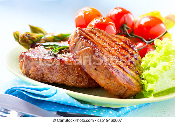 Steak. Grilled Beef Steak Meat with Vegetables - csp19460607