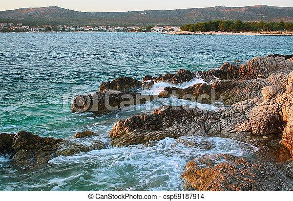 steine, groß, kroatien, sandstrand - csp59187914