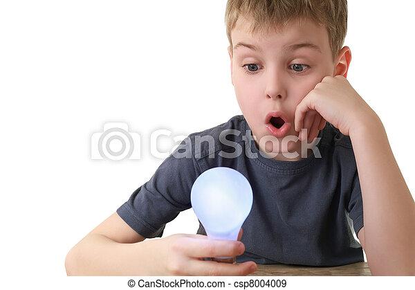 stekker, jongen, houden, informatietechnologie, lamp, blik, verrassing - csp8004009