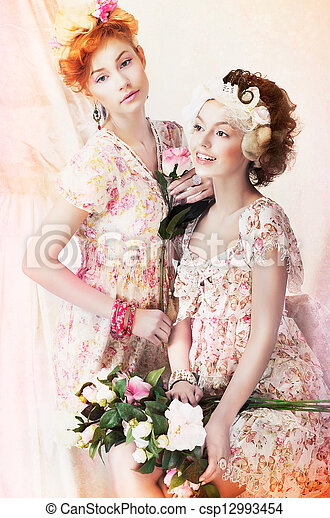 stile, classico, vendemmia, freshness., giovane, due, flowers., carino, pin-up, vestiti, donne - csp12993454