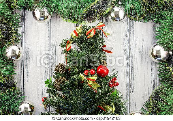 Weihnachtsdeko Baum Holz.Stilisiert Kugeln Baum Weihnachtsdeko Thema Holz Grün Retro Hintergrund Jahr Neu Weißes Silber Rotes