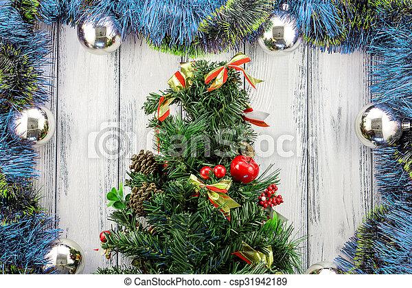 Weihnachtsdeko Baum.Stilisiert Kugeln Blaues Baum Weihnachtsdeko Thema Holz Grün Retro Hintergrund Jahr Neu Weißes Silber Rotes