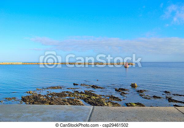Puerto Stintino en un día nublado - csp29461502